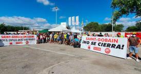 Trabajadores de Saint-Gobain en huelga / EP