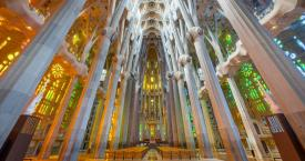 Interior de la Sagrada Familia / SF