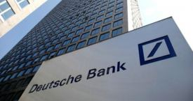 Una foto de archivo de un edificio de Deutsche Bank, banco de Alemania / Deutsche Bank