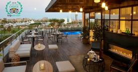 Terraza del hotel The Serras, premiado en los Travellers' Choice 2018 / HOTEL THE SERRAS BARCELONA