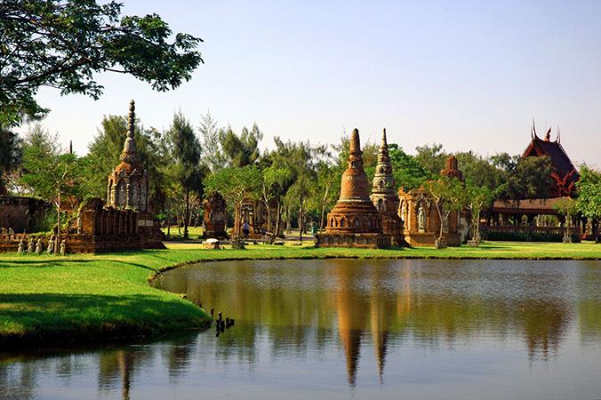 Ancient City en Samut Prakan / BOOKING