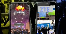 Un móvil Huawei y otro de ZTE, mostrando sus eventos del Mobile World Congress / CG